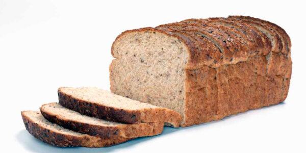 Integralni ražani hleb sa lanenim semenom