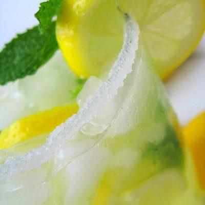 Limunada sa nanom i đumbirom