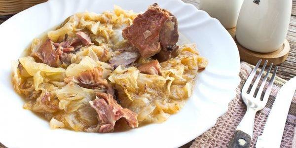 Kuvani kiseli kupus sa suvim mesom: Dva načina za lakše kuvanje