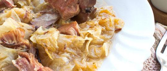 Kiseli kuvani kupus sa suvim mesom: Recept za kraće kuvanje