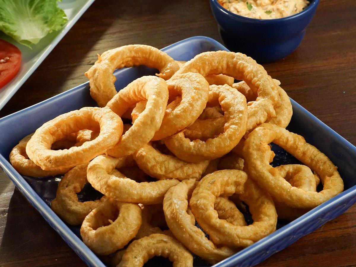 Kolutići crnog luka - onion rings