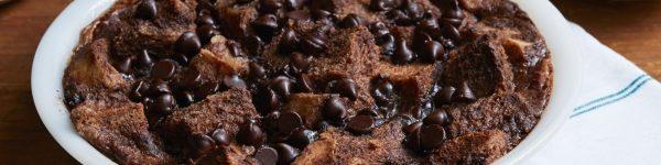 Čoko-kolač sa kockicama hleba