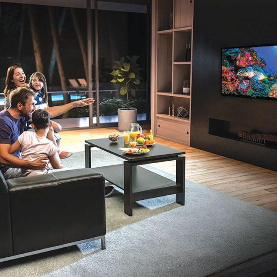 """Hitachi smart televizor LED 32"""" (81,2 cm) A+ srpski meni 720p HD Ready DVB-T2/C/S2 - 32HE2100"""