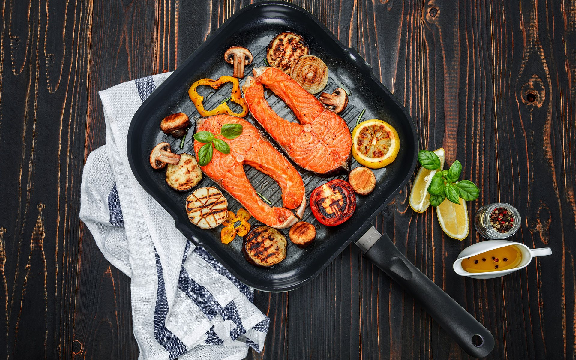Macht gril tiganj: Ukusno i sočno meso (grilovano kao na roštilju) - Fagor